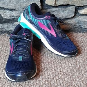 Brooks Ghost 10 DNA tennis rubber shoes sz 10.5